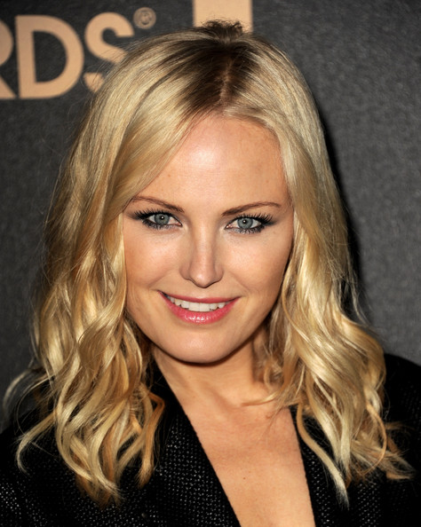 More Pics of Malin Akerman Medium Curls (3 of 5) - Shoulder Length Hairstyles Lookbook - StyleBistro