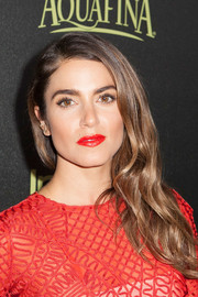 Nikki Reed styled her locks with lovely side-swept waves for the Golden Globe Award season celebration.