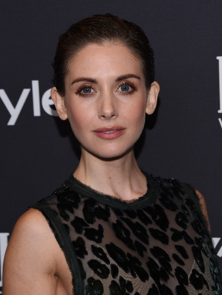 Alison Brie rocked a wet-look updo at the Golden Globes 75th anniversary celebration.