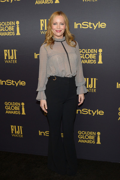Leslie Mann chose a pair of black Proenza Schouler bell-bottoms to complete her look.