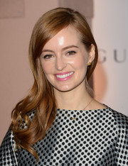 Ahna O'Reilly looked oh-so-pretty with her wavy side sweep during the Women in Entertainment Breakfast.