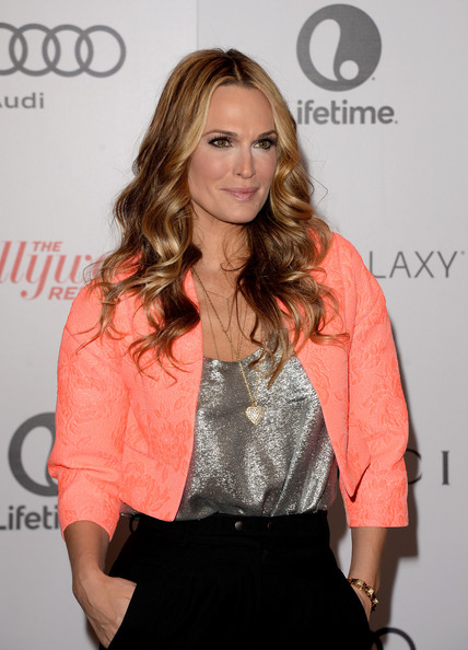 More Pics of Molly Sims Cropped Jacket (1 of 6) - Molly Sims Lookbook - StyleBistro [hair,hairstyle,fashion,long hair,blond,brown hair,premiere,layered hair,eyelash,fashion design,molly sims,arrivals,beverly hills hotel,california,hollywood reporter,annual women in entertainment breakfast,the hollywood reporter]