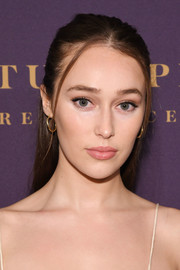 Alycia Debnam-Carey attended the Hollywood Reporter Oscar nominees party wearing her hair in a casual half-up style.