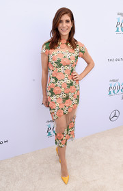 Kate Walsh kept it vibrant all the way down to her mustard pumps.