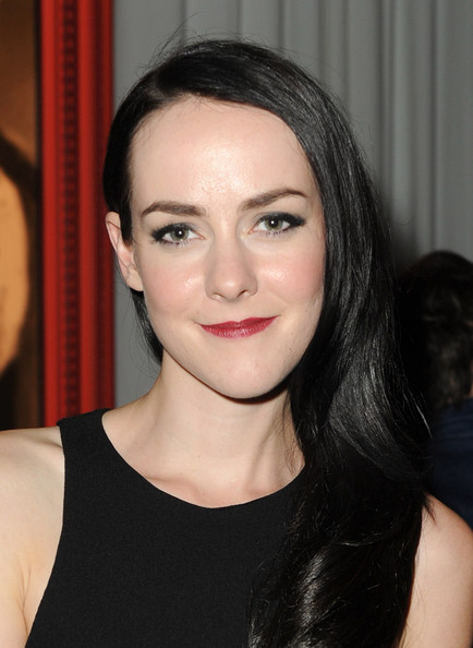 More Pics of Jena Malone Red Lipstick (1 of 19) - Jena Malone Lookbook - StyleBistro [hollywood reporter the history channel hosts a special screening of ``hatfields mccoys,the hollywood reporter the history channel screening,hatfields mccoys,hair,face,eyebrow,lip,hairstyle,chin,beauty,black hair,forehead,cheek,jena malone,hollywood,california,milk studios]