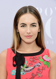 Camilla Belle kept it understated with this straight, center-parted hairstyle at the Women in Entertainment Breakfast.
