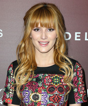 Bella Thorne looked oh-so-pretty with her boho half-up half-down hairstyle at the Next Gen 20th anniversary gala.
