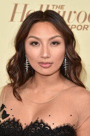 Jeannie Mai wore her hair in soft waves at the Hollywood Reporter and SAG-AFTRA Emmy nominees night.