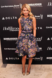 Kelly Ripa chose a fun splatter-print frock with a full flared skirt for her evening look at The Hollywood Reporter's 35 Most Powerful People in Media event.