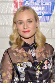 Diane Kruger's sculpted waves at the Hollywood Stands Up to Cancer event had vintage-glam feel.