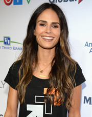 Jordana Brewster wore her hair in flowing waves at the Stand Up to Cancer event.