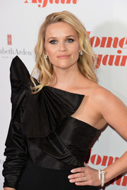 Reese Witherspoon attended the special screening of 'Home Again' wearing a gorgeous Cartier Juste un Clou diamond bracelet.
