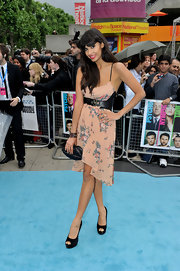 Jameela Jamil opted to counter floral with leather in a unique spaghetti-strap frock for the 'Horrible Bosses' premiere.