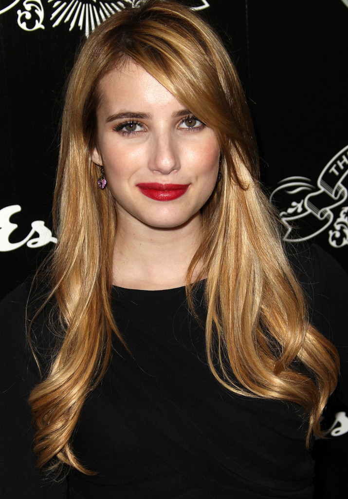 More Pics Of Emma Roberts Red Lipstick 5 Of 9 Emma