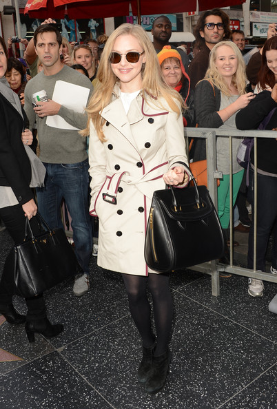 Keep it Classy in a Trench Like Amanda Seyfried