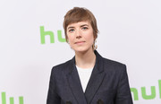 Agyness Deyn went for an edgy short 'do with when she attended the Hulu Winter TCA event.