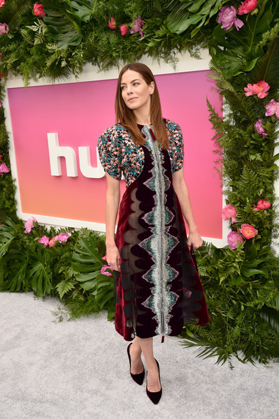 More Pics of Michelle Monaghan Layered Cut (4 of 16) - Michelle Monaghan Lookbook - StyleBistro [clothing,pink,fashion,outerwear,long hair,fur,textile,fashion design,formal wear,costume,arrivals,michelle monaghan,hulu,la sirena ristorante,new york city,hulu upfront brunch,brunch]