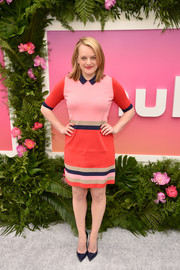 Elisabeth Moss kept it laid-back in a color-block knit dress by Ted Baker at the Hulu Upfront brunch.