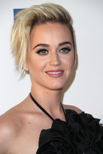 More Pics of Katy Perry Ear Cuff  (1 of 10) - Katy Perry Lookbook - StyleBistro [hair,face,blond,hairstyle,eyebrow,chin,lip,shoulder,beauty,skin,arrivals,katy perry,dinner,los angeles,jw marriott,california,l.a. live,human rights campaign,gala dinner]