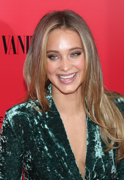 More Pics of Hannah Jeter Long Center Part (1 of 3) - Hannah Jeter Lookbook - StyleBistro