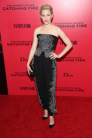 Elizabeth Banks dazzled in an embellished black strapless top by Jenny Packham at the 'Catching Fire' NYC premiere.