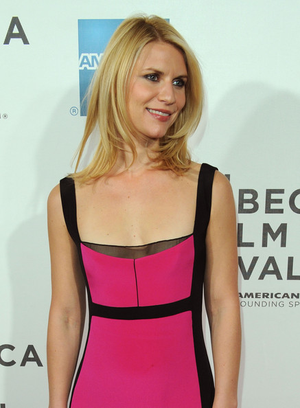 More Pics of Claire Danes Medium Layered Cut (1 of 8) - Medium Layered Cut Lookbook - StyleBistro [hair,clothing,shoulder,blond,dress,hairstyle,pink,cocktail dress,waist,fashion model,new york city,bmcc tribeca pac,hysteria premiere,tribeca film festival,claire danes]