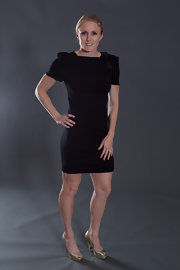 Sally Pearson flaunted her fit form in a flattering mini dress with ruched sleeves at the IAAF World Gala.