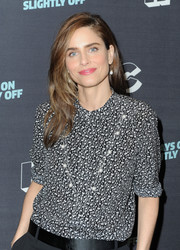 Amanda Peet kept it simple in a black-and-white print blouse at the IFC presentation of 'Brockmire' and 'Portlandia.'