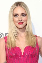 Chiara Ferragni paired her shimmering eye makeup with a classic red lip.