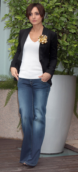 Ambra Angiolini looked effortlessly chic in a black blazer and flared jeans in Rome.