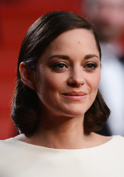 More Pics of Marion Cotillard Mid-Length Bob (1 of 186) - Marion Cotillard Lookbook - StyleBistro