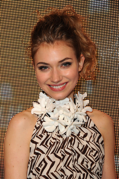 Imogen Poots Flower Statement Necklace [hair,face,hairstyle,beauty,lip,lady,fashion,smile,brown hair,photography,marni,imogen poots,lloyd wright,los angeles,california,sowden house,h m,red carpet,collection launch,h m collection launch]
