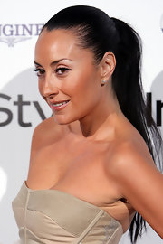 "Terry Biviano showed off her sleek ponytail while hitting the ""InStyle"" Awards in Sydney,  Australia."