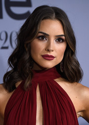Olivia Culpo wore a sweet wavy 'do at the InStyle Awards.