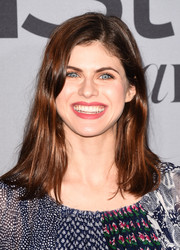 Alexandra Daddario attended the InStyle Awards wearing a casual 'do with just the slightest hint of a wave.