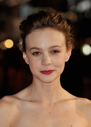 Carey Mulligan swept her hair up in a messy-glam bun for the 'Inside Llewyn Davis' screening in London.