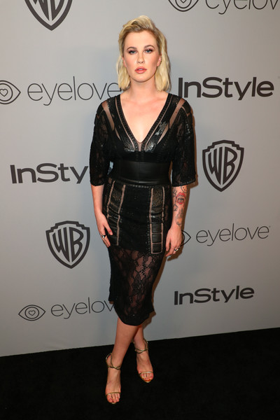 Ireland Baldwin Strappy Sandals [clothing,dress,cocktail dress,shoulder,hairstyle,little black dress,carpet,fashion,joint,footwear,ireland baldwin,model,beverly hills,california,the beverly hilton hotel,instyle,red carpet,warner bros. 75th annual golden globe awards,warner bros. 75th annual golden globe awards post-party]