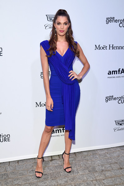 Iris Mittenaere Form-Fitting Dress [cobalt blue,clothing,dress,fashion model,cocktail dress,electric blue,blue,shoulder,fashion,hairstyle,mr.,iris mittenaere,generationcure solstice,purple,new york city,amfar]
