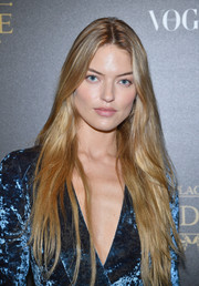 Martha Hunt sported a hippie-glam hairstyle at the Irving Penn exhibition.