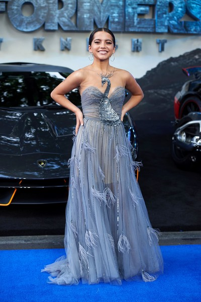 Isabela Moner Evening Dress [transformers: the last knight global premiere,film,photo,blue,gown,fashion model,beauty,flooring,dress,fashion show,shoulder,cocktail dress,fashion,isabela moner,niklas hallen,us,london,afp,premiere,arrival]