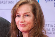 Isabelle Huppert Long Wavy Cut
