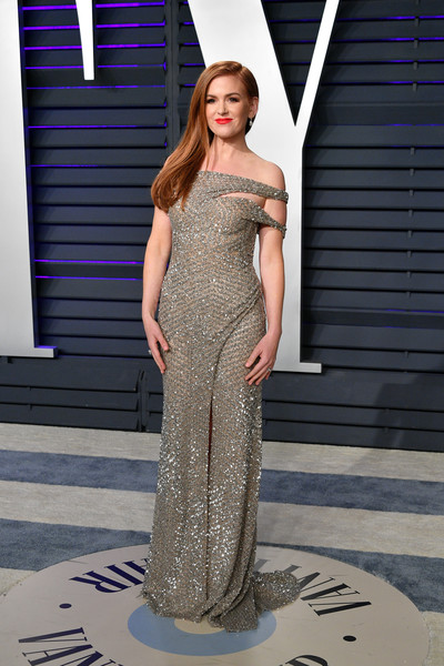 Isla Fisher Off-the-Shoulder Dress [oscar party,vanity fair,fashion model,clothing,dress,shoulder,fashion,gown,haute couture,formal wear,cocktail dress,neck,beverly hills,california,wallis annenberg center for the performing arts,radhika jones - arrivals,radhika jones,isla fisher]