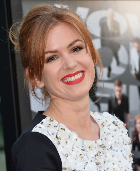 Isla Fisher Messy Updo