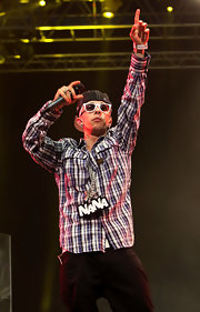 Dappy looked all set for a lively performance in a long-sleeve plaid button-down.