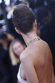 Emily Ratajkowski kept it classic with this French twist at the Cannes Film Festival opening gala.