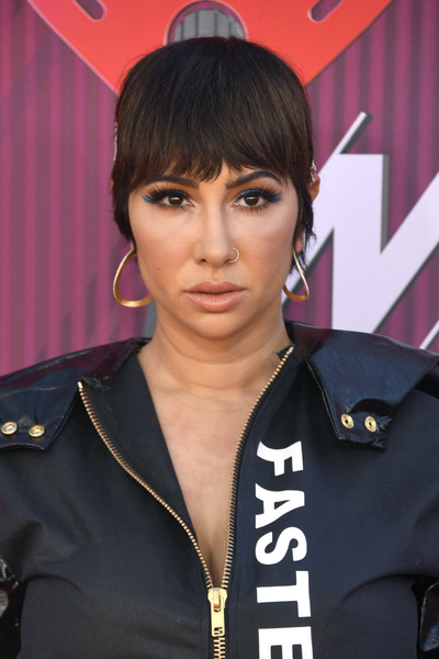 Jackie Cruz Short Cut With Bangs [hair,hairstyle,beauty,bangs,forehead,black hair,official,brown hair,arrivals,jackie cruz,iheartradio music awards,california,los angeles,microsoft theater,fox]