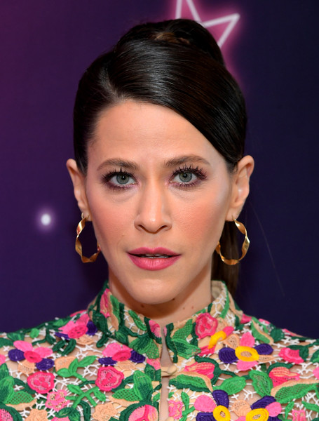 Jackie Tohn Ponytail [glow,hair,face,hairstyle,eyebrow,lip,beauty,fashion,forehead,chin,black hair,jackie tohn,west hollywood,california,the wing,special screening at the wing la]