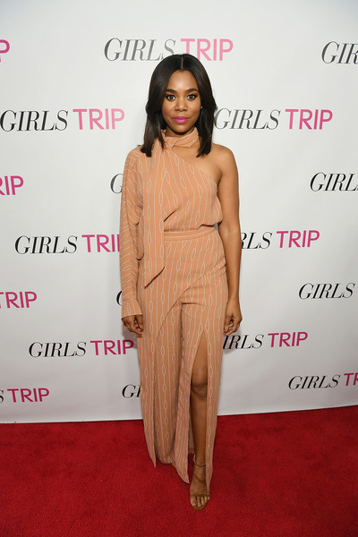 Regina Hall finished off her look with strappy tan sandals.