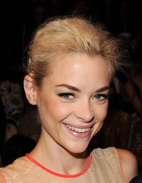 Jaime King Cat Eyes