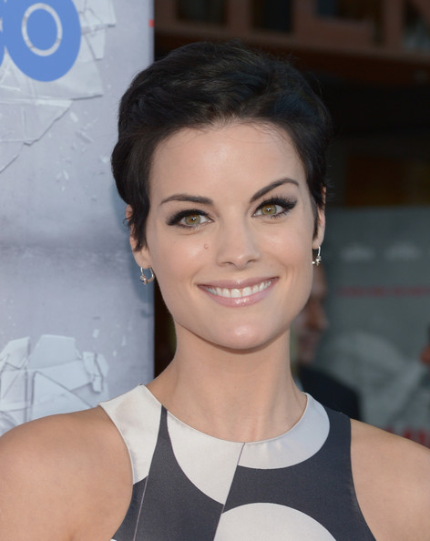 Jaimie Alexander Short Side Part [the normal heart,hair,face,hairstyle,eyebrow,beauty,skin,chin,lip,smile,black hair,arrivals,jaimie alexander,beverly hills,california,the writers guild theatre,hbo,premiere]